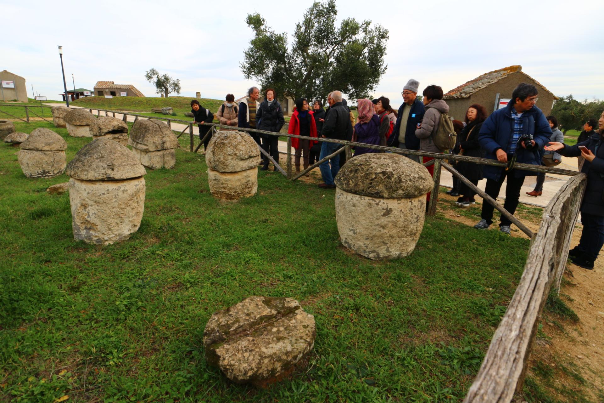 タルクイーニアのエトルリア墳墓群(2018年1月の交流)